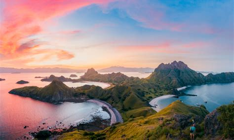 Best Islands Around the World for Road Trips   Miles Away