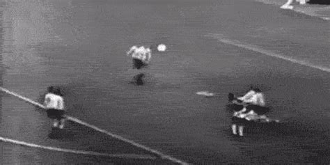 5 of Pele's greatest ever goals | JOE is the voice of