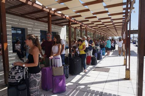 Flying To Santorini Airport? A Few Handy Tips