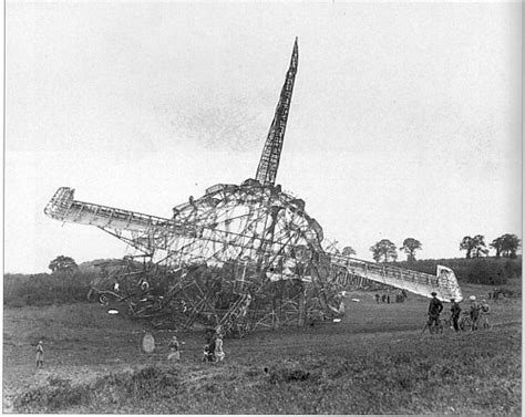 Crash of the R101 airship : London Remembers, Aiming to