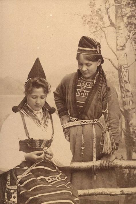 Two women in traditional clothing from Sweden