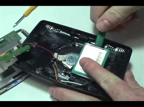 How to Replace Your TomTom XXL IQ Routes Battery - YouTube