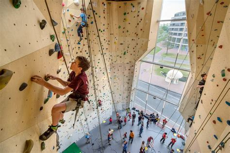 climbing and sports center in dordrecht by NL architects