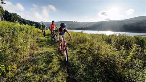 Find Events & Activities in Winter & Summer at Snowshoe