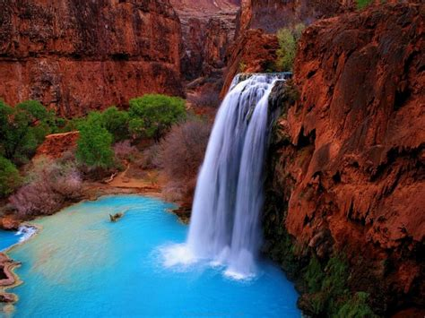 20 Places Where You Can Find Nature At Its Most Colorful