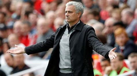 Jose Mourinho lashes out at Manchester United players